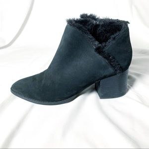 Black Ankle Boots Furry Heeled Seychelles 8.5 NWOT